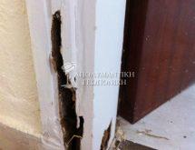 Ζημιά από τερμίτες στη βάση κουφώματος πόρτας